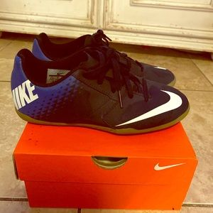 Nike Indoor Futsal - Soccer Shoes ⚽️ Youth